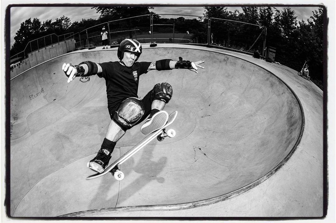 HBD Lester and keep on shredding!!! Ollie over the hip at the Dülmen Bowl a few weeks ago  @lesterkasai
